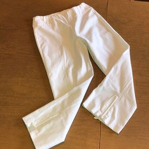 TRIBAL White Capris Capri Pants Zipper Accents 2